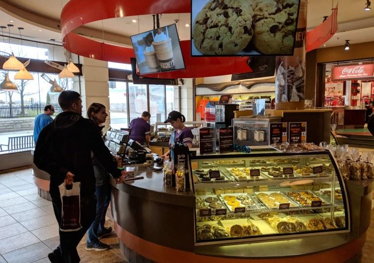Hershey Store in Niagara Falls