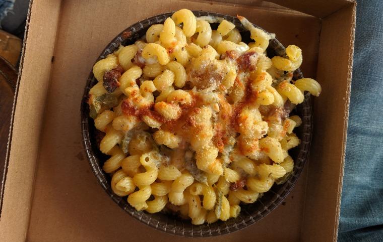 Bobbie Sue's Mac + Cheese